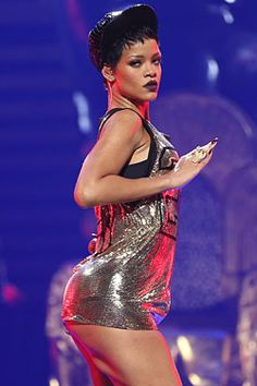 Rihanna to Perform at Victoria's Secret 2012 Fashion Show.