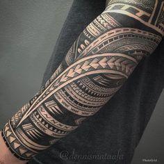 Photo - Google Photos Maori Tattoo Arm, Polynesian Tattoo Sleeve, Maori Tattoo Meanings, Tribal Forearm Tattoos, Polynesian Tattoos Women, Polynesian Tattoo Designs, Tribal Tattoos For Men, Wrist Tattoos For Guys, Maori Tattoo Designs