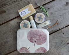 Travel Spa Gift Set https://www.etsy.com/listing/201830410 We are EXCITED to be collaborating with Violeta and Plamena of www.etsy.com/shop/TwoLittleAnts who co-created the rustic chic cosmetic bag for this lovable gift set. Plamena is responsible for the hand printing & Violeta is responsible for the sewing. Go Team!