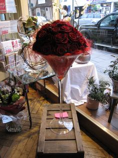 Your customers would love these red roses