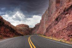 Utah - Fry Canyon via Route 95