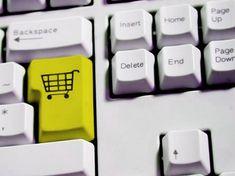 Megbírságolták az eMAG üzemeltetőit – kuponokat kapnak a vásárlók - Piac&Profit - A kkv-k oldala Computer Keyboard, Computer Keypad, Keyboard