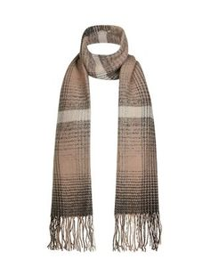 For a more muted autumn look, wear our Shell Pink Check Scarf with a grey overcoat. £9.99 #AW15edit #newlook #fashion