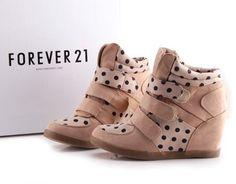 Zapatillas Con Taco Cuña / Wedge Sneakers Forever 21 Roxy - S/. 260,00