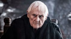 Peter Vaughan who depicts Aemon Targaryen is really blind