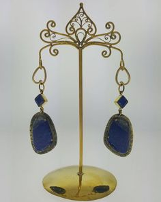 A beautiful pair of Vintage Lapis Dangles w/ 12GA Brass Tear Coils from @diabloorganics  We only have one pair left! Come get them before there gone!   13672 108 Ave Surrey BC 604-584-BODY (2639)  Open from 12-8pm everyday! Call or email for bookings and questions! Link to website in bio   #westcoastpiercingandink #diabloorganics #lapis #tattoo #piercing #surreybc #beautifulbc #stone #organic #awardwinning #westcoast #tattooed #pierced #bodymodification #likeforlike #bodyart #art #vancity…