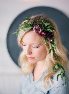 000061180011 Crown Hairstyles, Bride Hairstyles, Floral Headpiece, Her Hair, Style Icons, Headbands, Hair Crown, Hair Beauty, Flower Crowns