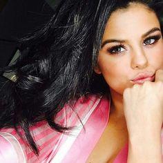 Jessiiee02 Selena Gomez Closet Selena Gomez Selfies Selena Gomez With Fans Selena