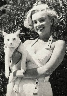Marilyn and cat 2.