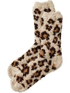 chenille socks in cheetah print. in. love.