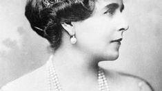 Testamentul Reginei Maria Michael I Of Romania, Pearl Earrings, Drop Earrings, Ferdinand, Descendants, Edinburgh, Royals, Home, Royalty