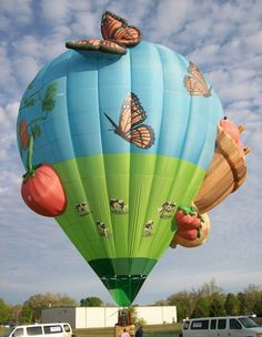 Class of 2012 Special Shapes - Airganic Garden- www.balloonfiesta.com