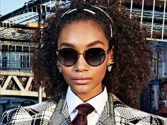 Dolce & Gabbana Eyewear Fall Winter 2019 Ad Campaign. #DolceGabbana #FW19 #sunglasses #fashion #eyewear #women #maxitendance Dolce And Gabbana Eyewear, Dolce Gabbana, Round Sunglasses, Sunglasses Women, Chanel, Fall Winter, Fashion, Grecian Goddess, French Actress