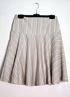 Kup mój przedmiot na #vintedpl http://www.vinted.pl/damska-odziez/spodnice/9514229-top-secret-rozkloszowana-spodnica-z-kola-rozm-s