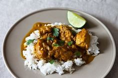 Creamy Chicken Curry   17 Delicious Indian Foods That You Can Make At Home