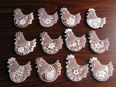 Food Plating, Biscotti, Cookie Decorating, Gingerbread, Rooster, Baby Shoes, Food And Drink, Clay, Ceramics