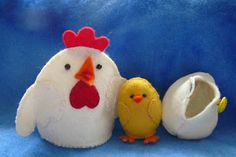 FREE Chicken and Egg Pattern by Friday's Guest, Christina Lane | Parenting Fun Every Day