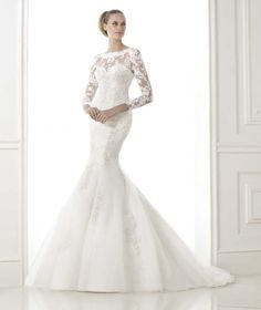BOSEDA » Wedding Dresses » 2015 Glamour Collection » Pronovias (Shown with off shoulder Lace Jacket)