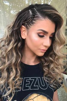 Wavy Hairstyle For Summer Time ★ Discover trendy easy summer hairstyles 2019 here. We have pretty ideas for long, short, and for medium hair. Easy Summer Hairstyles, Pretty Hairstyles, Cute Hairstyles, Braided Hairstyles, Going Out Hairstyles, Hairstyle Ideas, Birthday Hairstyles, Easy Everyday Hairstyles, Blonde Hairstyles