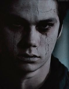 okay so ik he supposed to look creepy and evil but omg void stiles is so fucking sexy!!!!