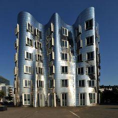 Frank Gehry Buildings  Düsseldorf, Media Harbour