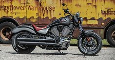 2015 Victory Gunner---in the military green please! Victory Motorcycles, Cool Motorcycles, Harley Davidson Motorcycles, Custom Motorcycle Helmets, Cruiser Motorcycle, Motorcycle Manufacturers, Touring Bike, Hot Bikes, Custom Bikes