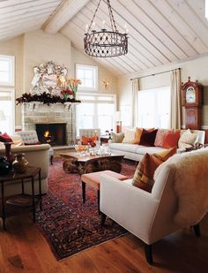 Fantastic Sarah Richardson farmhouse living room… love that mirror over the mantle. The post Sarah Richardson farmhouse living room… love that mirror over the mantle…. appeared first on Pirti . Living Room Red, Living Room Colors, Home And Living, Living Room Decor, Red Persian Rug Living Room, Cozy Living Room Warm, Simple Living, Sarah Richardson Farmhouse, Home Decor