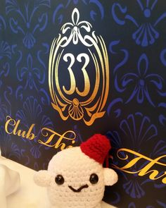 Even the leftovers are classy! #adiposing #doctorwho #adipose #drwho #Disneyland #disneyland60 #disneyland60th #amigurumiadventures #amigurumi #club33 #allthefood by adiposing_with_adipose