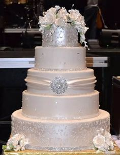 wedding cake with bling in ivory and silver
