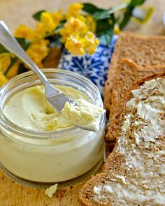 Easy Dairy-Free Butter If you love butter but hate the ingredients in store bought dairy free versions then this vegan butter recipe is the answer to your prayers. It is dreamily smooth, rich &…
