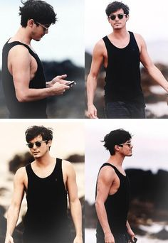 Mmm Tyler Blackburn.. So much cuter with short hair and scruff. :)