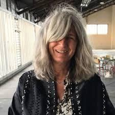 "Résultat de recherche d'images pour ""sophie fontanel"" Long Gray Hair, Grey Hair, Aging Gracefully, Hair Looks, Autumn Fashion, Hair Cuts, Long Hair Styles, Elegant, Silver"