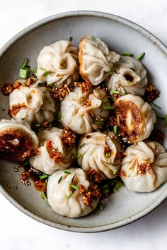 Juicy Pork & Chive Pan-Fried Dumplings — Cooking with Cocktail Rings Pork Recipes, Asian Recipes, Cooking Recipes, Healthy Recipes, Gourmet Cooking, Fun Cooking, Cooking Ideas, Recipies, I Love Food