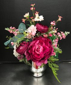 Hot Pink Mom Arrangement in Vase by Andrea