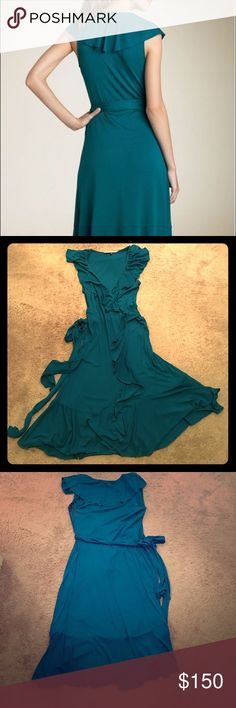 """Diane Von Furstenburg Mallorcita dress Bright & cheery teal DVF Mallorcita wrap dress. This dress is so comfy & can be adjusted to be worn however you like: even pregnant! Size 10, but since it is a wrap, can adjust up or down several sizes!! Dress is 34"""" long to the hem, but 41"""" long counting the extra flowing fabric. Armpit to armpit laying flat unstretched is approx. 17"""" wide, that can be taken in or out a few inches. Super wrinkle resistant too! Diane Von Furstenberg Dresses Midi"""