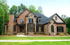Siding With Brick House Brick And Siding Homes Half Brick Half Siding Homes Homes With Brick And Stone Exterior Red Brick And Siding Vinyl Siding Brick House Brick Design, Exterior Design, Stone Exterior, Exterior Homes, Exterior Colors, Estilo Tudor, Bucket List For Girls, Architecture Restaurant, Restaurant Design