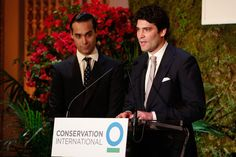 Andres Santo Domingo and Alejandro Santo Domingo paying tribute to their father at a Conservation International event