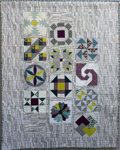 Michaela Stangl quilt | Patchwork Gilde Austria Setting Option, Sampler Quilts, Boy Quilts, Austria, Robin, Projects To Try, Patches, Quilting, Houses