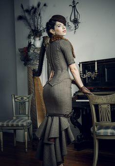 Steampunk corset. Dark Garden corsets.