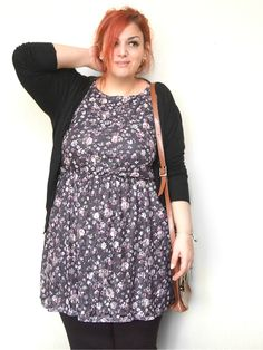 Floral Dress - lover her hair color, wish I could pull that off.