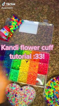 Diy Kandi Bracelets, Diy Bracelets Easy, Bracelet Crafts, Diy Friendship Bracelets Patterns, Bracelet Patterns, Kandi Patterns, Beading Patterns, Fun Diy Crafts, Bead Crafts