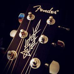 Fender Acoustic Guitar Details