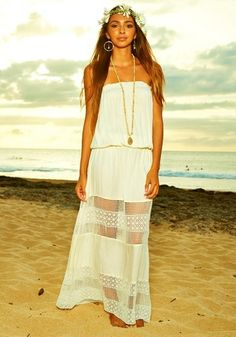 Hawaiian Fashion, Hawaiian Outfits, Cover Up, Hair Beauty, Cute Outfits, Style Inspiration, Summer Dresses, My Style, Beach