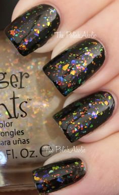 I'm not a fan of black nail polish, but this I like!