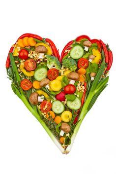 Gesunde Lebensmittel für das Herz - Durch die Wahl der richtigen Speisen wird das Risiko für Herz-Kreislauf-Erkrankungen um ein Drittel reduziert. Fett kann durchaus gesund sein, Knoblauch senkt den Blutdruck, Chili löst Blutgerinnsel auf. Mehr dazu hier: http://www.nachrichten.at/nachrichten/gesundheit/Gesunde-Lebensmittel-fuer-das-Herz;art114,1463980 (Bild: Wodicka)