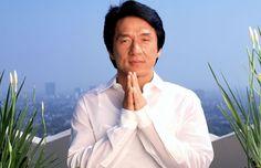 Jackie Chan riporta il Kung Fu allo Yoga. Superata la soglia dei 60, Jackie Chan non ha nessuna intenzione di fermarsi, affiancando alla carriera di attore anche quelle di produttore, regista, stuntman, cantante e doppiatore. Non è, infatti, ancora uscito il colossal Dragon Blade, previsto per quest´anno e.. Continua su http://www.kungfulife.net/blog/jackie-chan-riporta-il-kung-fu-allo-yoga/
