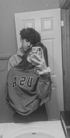 Teen Couples, Cute Couples Photos, Cute Couple Pictures, Cute Couples Goals, Cute Photos, Couple Pics, Couple Things, Boyfriend Pictures, Boyfriend Goals