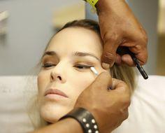 Aprenda a limpar os pincéis de maquiagem e evite a contaminação ♥