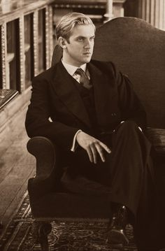 "Matthew Crawley, 17 Reasons Why ""Downton Abbey"" Is The Best Show Ever Mode Masculine, Benedict Cumberbatch, Matthew Crawley, Photo Souvenir, Downton Abbey Fashion, Drama, Best Shows Ever, Favorite Tv Shows, Favorite Things"
