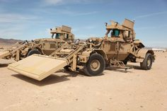 Military Photos, Military Gear, Military Weapons, Military Equipment, Military Army, Army Vehicles, Armored Vehicles, Military Engineering, Army Day
